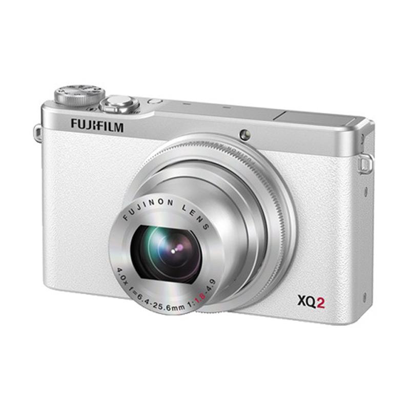 Fujifilm XQ2 White + Free SDHC 16GB