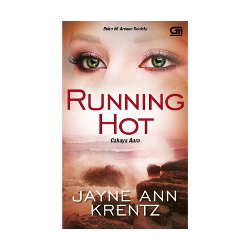 Grazera Cahaya Aura Running Hot By Jayne Ann Krentz Buku Fiksi