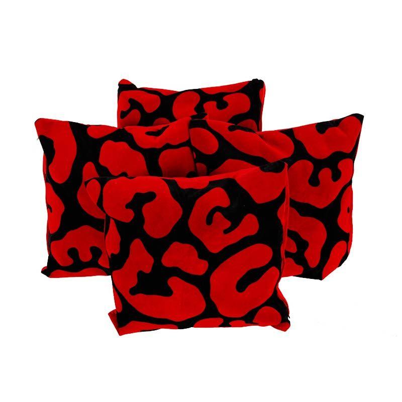 G Sarung Bantal with Dacron 45 x 45 cm Sapi - Merah (1 Pcs)