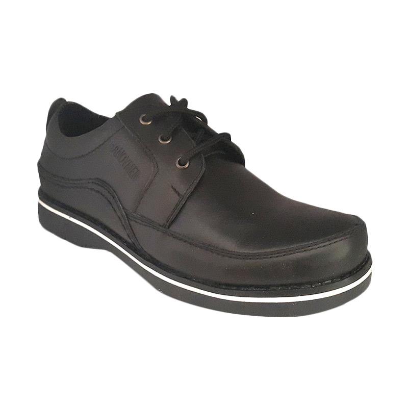 Handymen CHS 02 Genuine Leather Formal Sneaker Sepatu Pria - Black