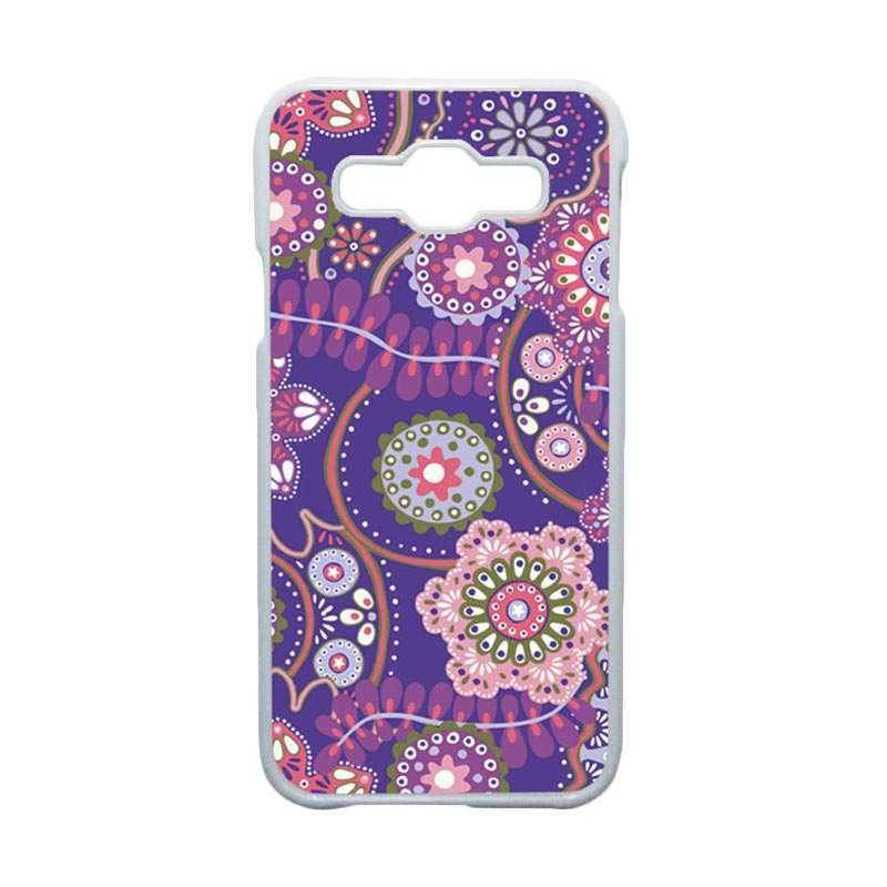 HEAVENCASE  Motif Batik Bunga Unik Paisley 11 Hardcase Casing for Samsung Galaxy E5 - Putih