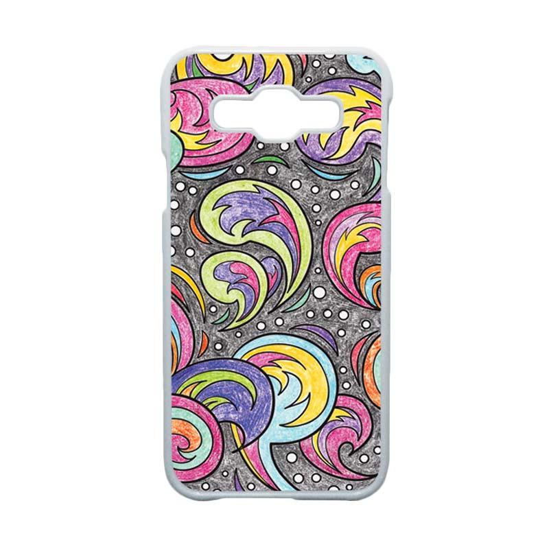 HEAVENCASE Motif Batik Bunga Unik Paisley 01 Casing for Samsung Galaxy E5 - Putih