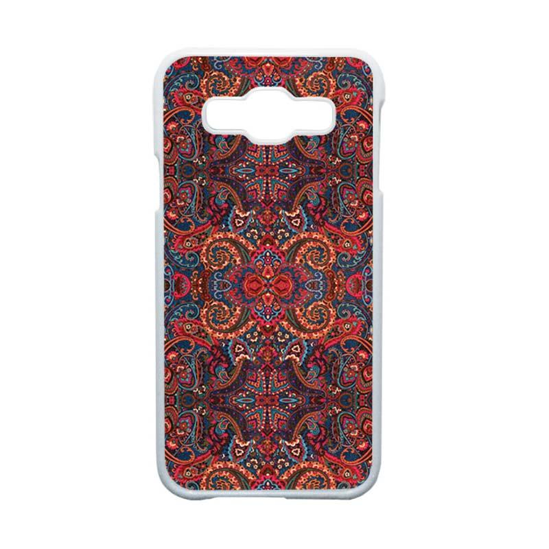 Heavencase Motif Batik Bunga Unik Paisley 08 Hardcase Casing for Samsung Galaxy E5 - Putih