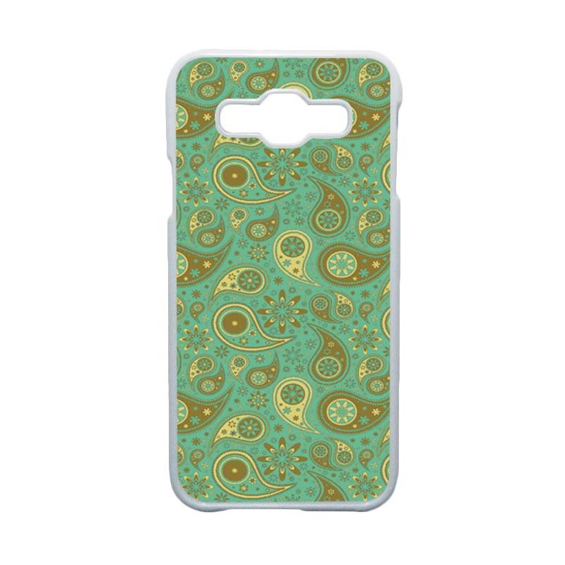 HEAVENCASE Motif Batik Bunga Unik Paisley 18 Hardcase Casing for Samsung Galaxy E5 - Putih