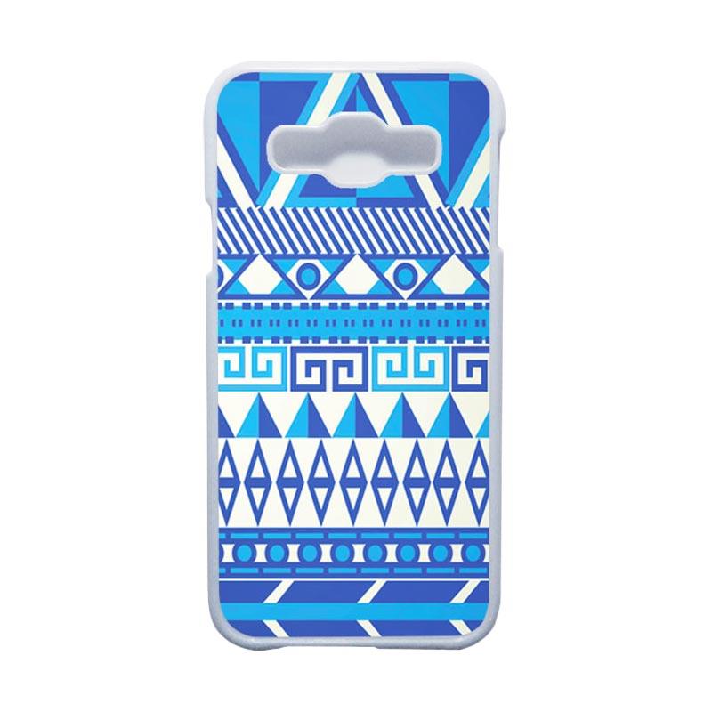 HEAVENCASE Motif Batik Bunga Unik Tribal 07 Hardcase Casing for Samsung Galaxy E5 - Putih