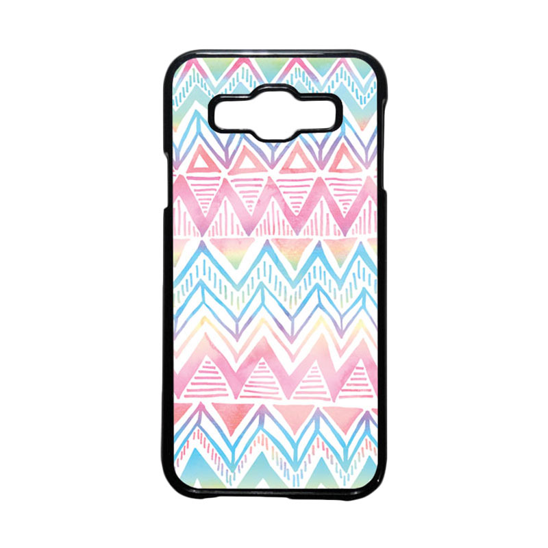 HEAVENCASE Motif Batik Bunga Unik Tribal 09 Hardcase Casing for Samsung Galaxy E5 - Hitam
