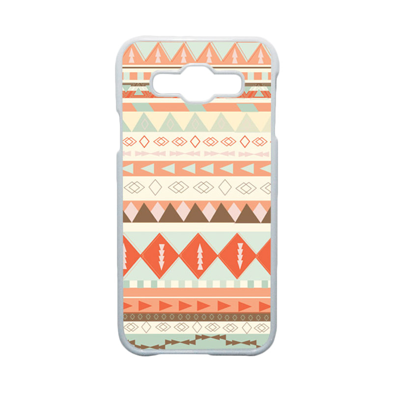 HEAVENCASE Motif Batik Bunga Unik Tribal 10 Hardcase Casing for Samsung Galaxy E5 - Putih