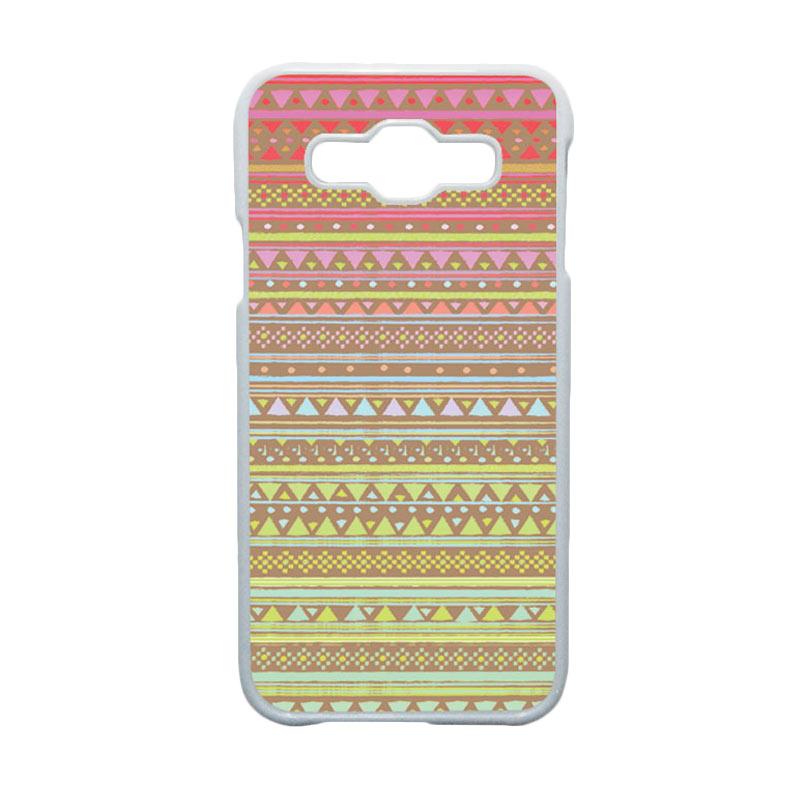 HEAVENCASE Motif Batik Bunga Unik Tribal 14 Hardcase Casing for Samsung Galaxy E5 - Putih