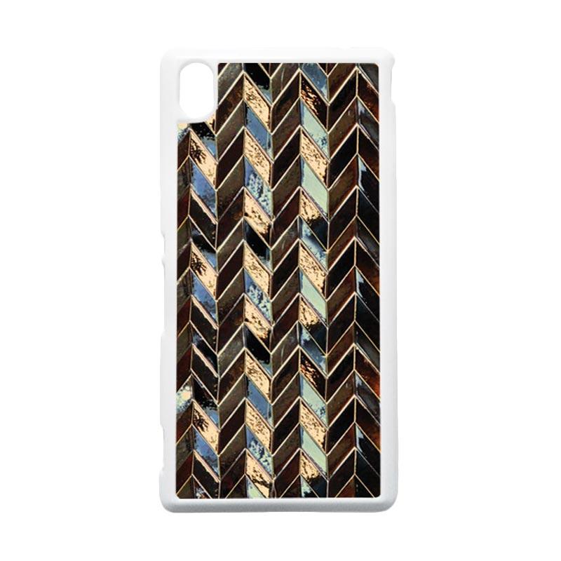 HEAVENCASE Motif Batik Kayu Chevron 09 Hardcase Casing for Sony Xperia M4 Aqua - Putih