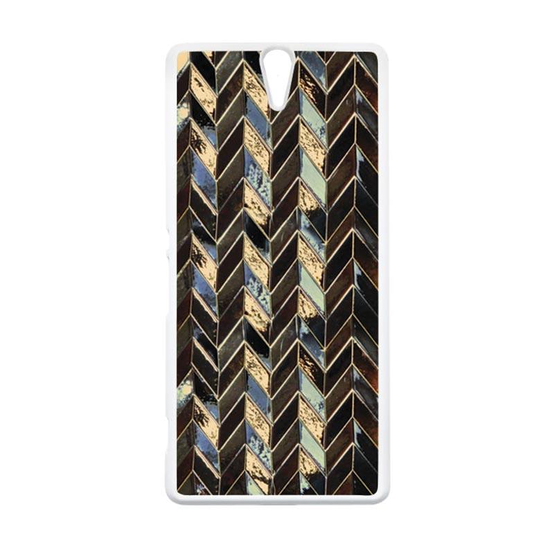 HEAVENCASE Motif Batik Kayu Chevron 09 Putih Hardcase Casing for Sony Xperia C5 Ultra