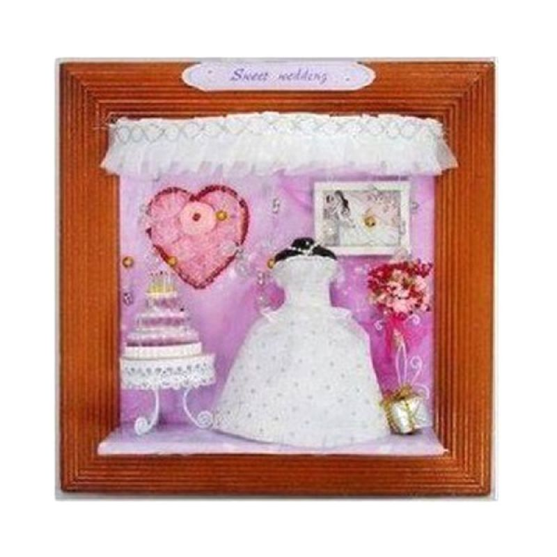 Hongda Pigura 3 Dimensi Diy Art & Craft Sweet Wedding