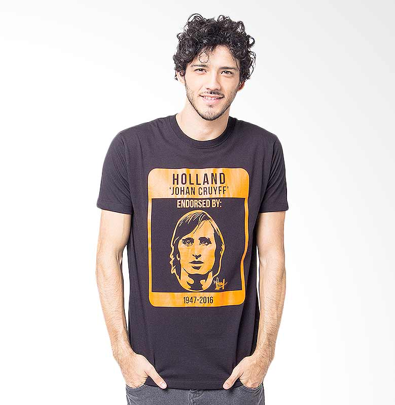 Hooligans Cruyff Endorsed T-shirt - Hitam Extra diskon 7% setiap hari Extra diskon 5% setiap hari Citibank – lebih hemat 10%