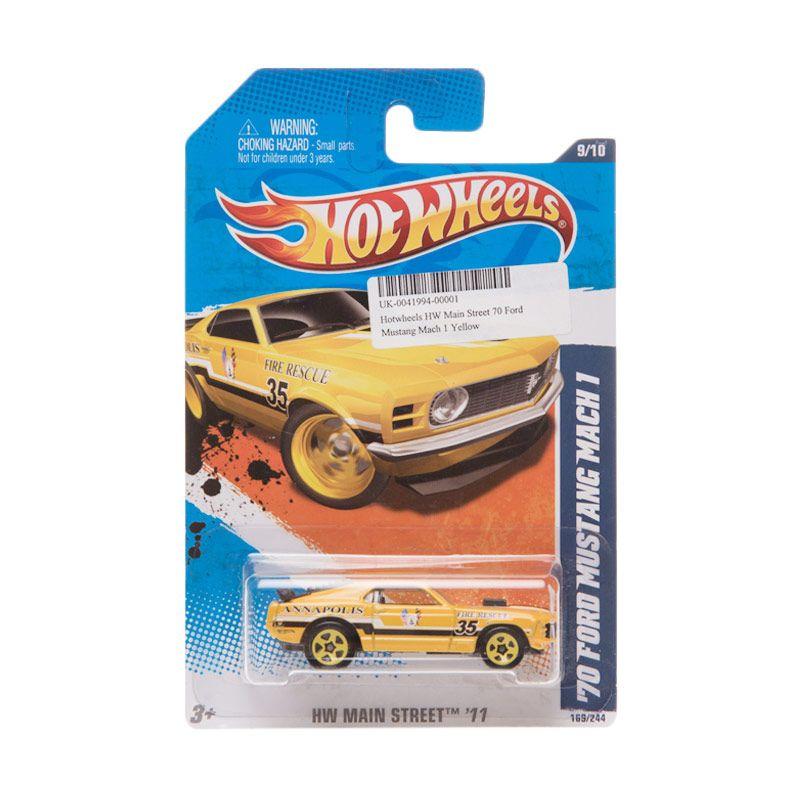 Hotwheels HW Main Street 70 Ford Mustang Mach 1 Yellow Diecast