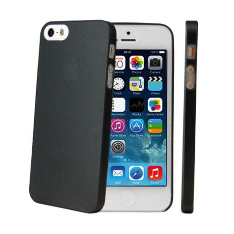 iBuy Ultra Thin Hitam Casing for iPhone 4 or 4s