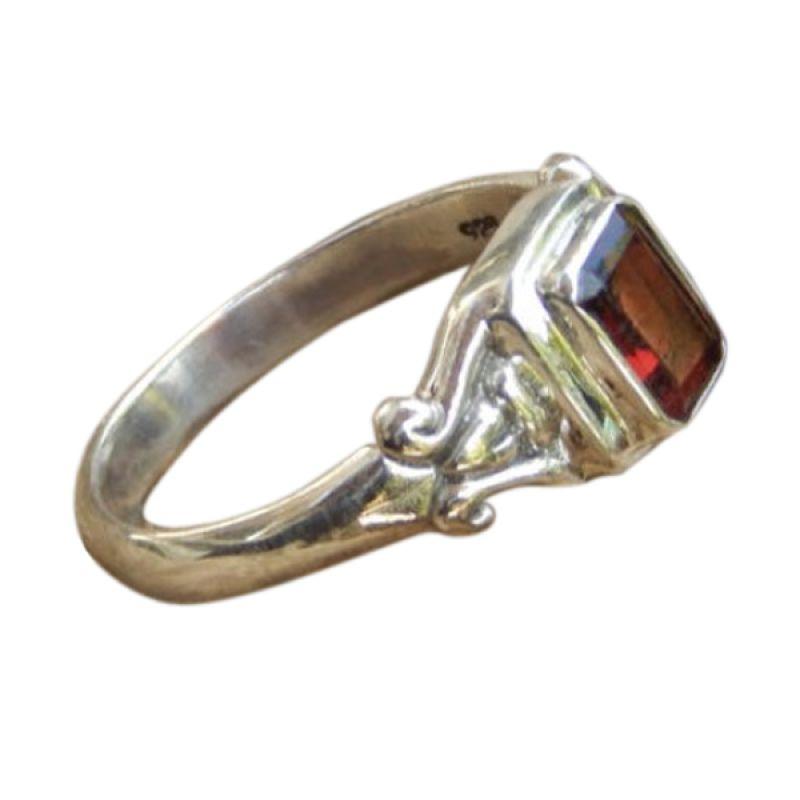 Jnanacrafts Batu Garnet Perak Cincin Wanita