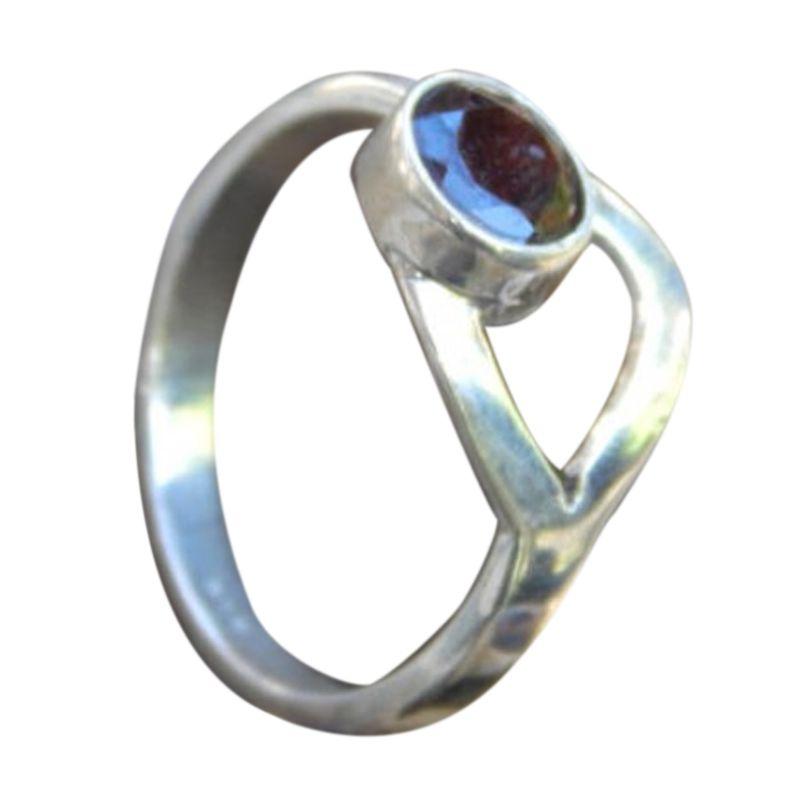 Jnanacrafts Batu Garnet Silver Cincin Wanita