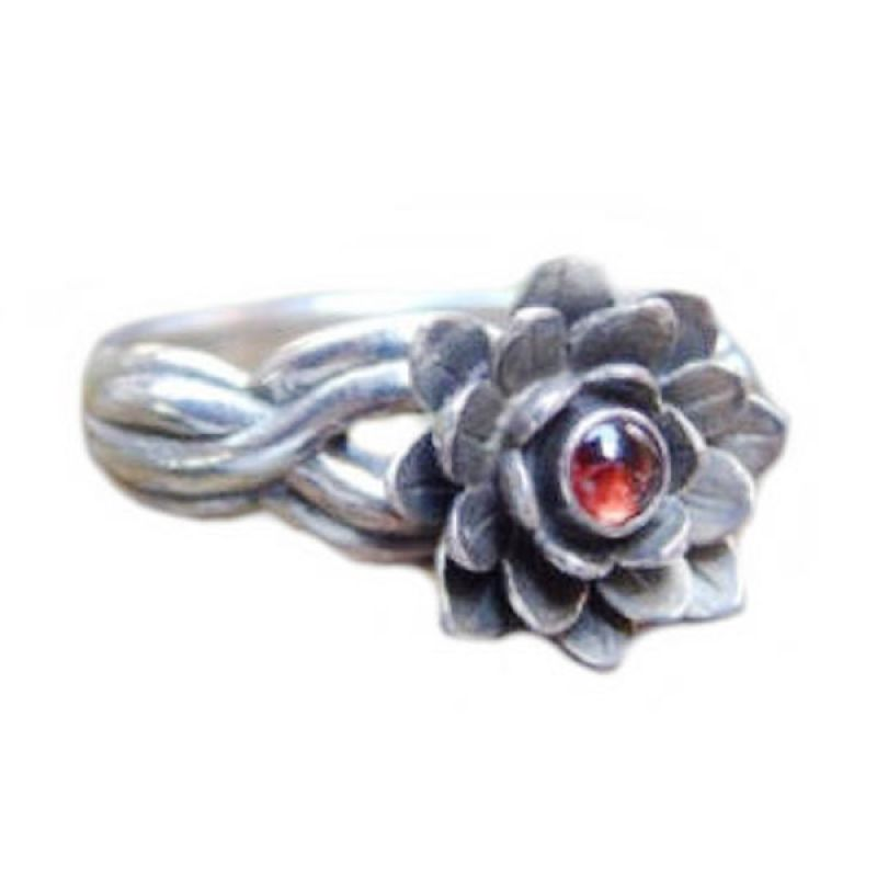 Jnanacrafts Bunga Batu Garnet Cabuchon Perak Cincin
