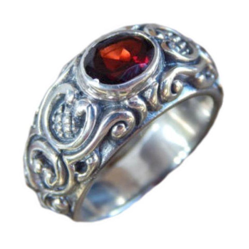 Jnanacrafts Ukiran Bali Patra Batu Garnet Cincin