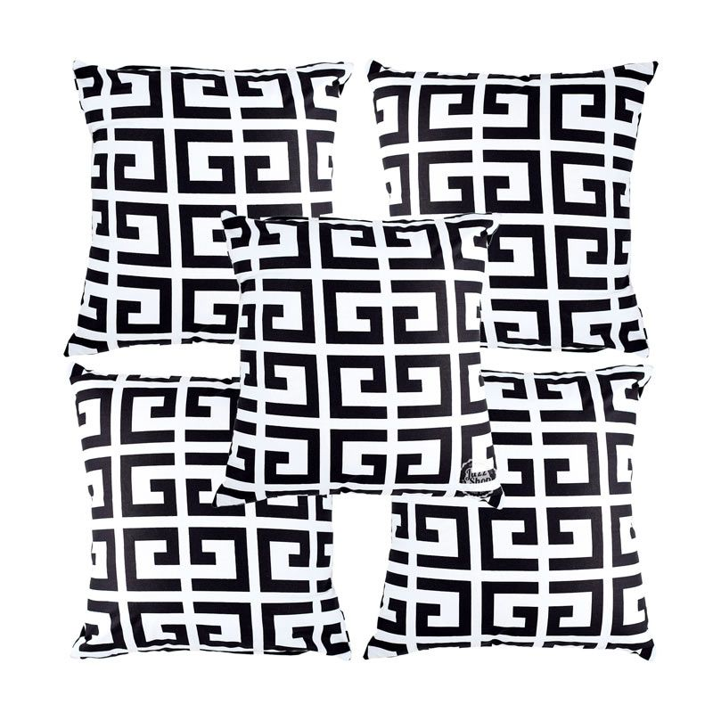 Eolins Ornamen Moreno JSPS012 Hitam Putih Sarung Bantal Sofa [5 Pcs]
