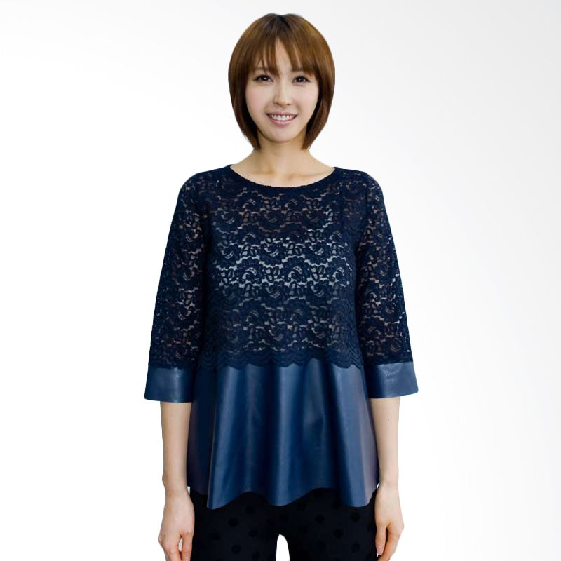 Kakuu Basic Blouse Lace Flare Navy