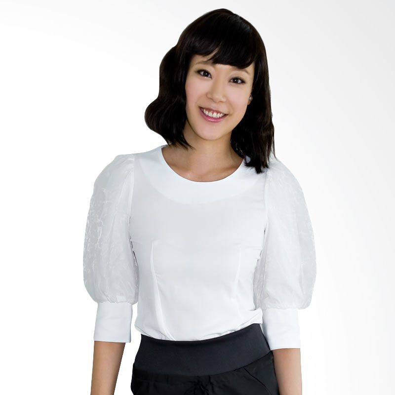Kakuu Basic Blouse Puff Sleeve Slim Fit White