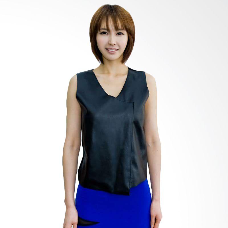 Kakuu Basic Blouse V Synthetic Leather Black