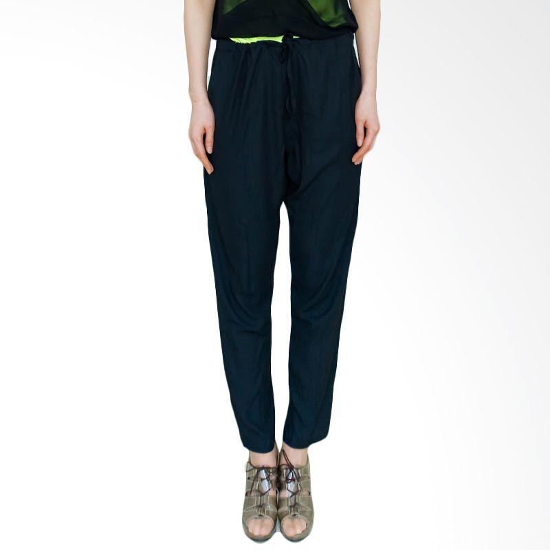 Kakuu Basic Pants Sleeveless Jumpsuit Black