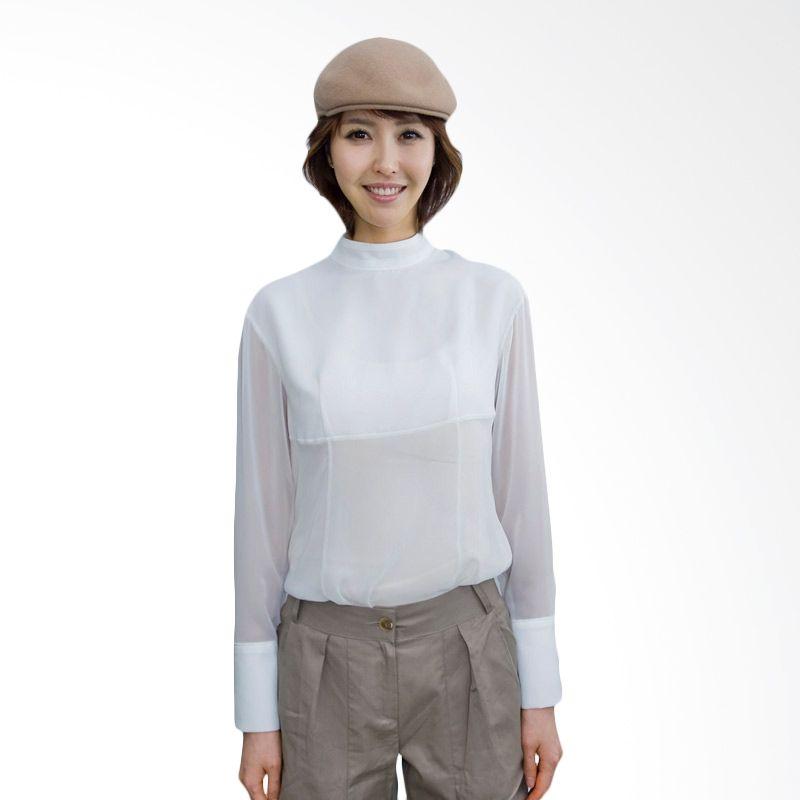 Kakuu Basic Shirt Turtle Neck White