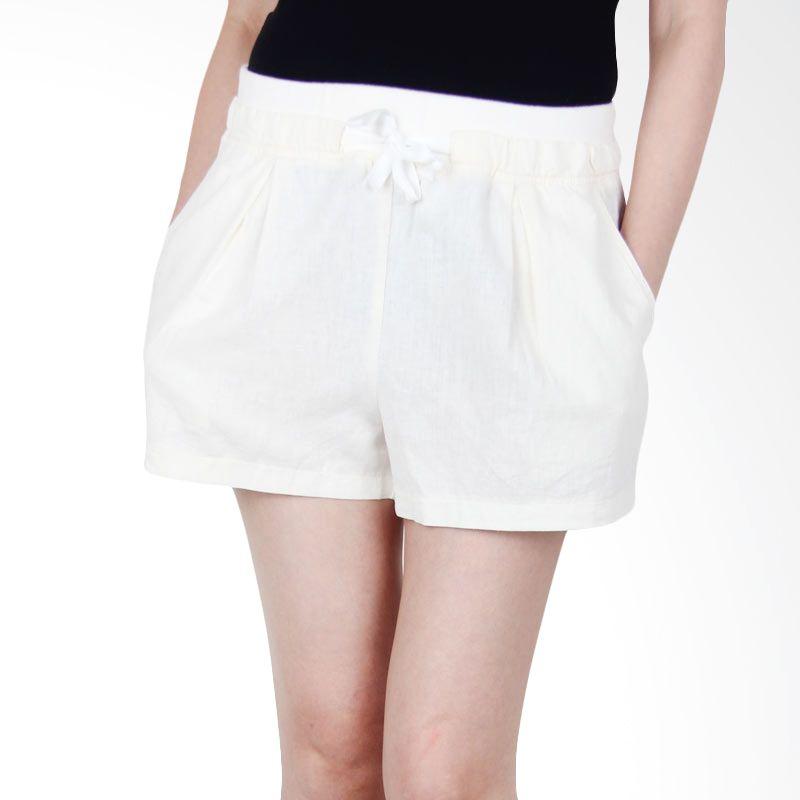 Kakuu Basic Short Pants Waist Banding Comfortable Flare Ivory