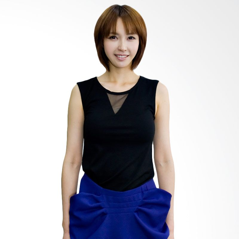 Kakuu Basic Tshirt Triangle Patch Sleeveless Black