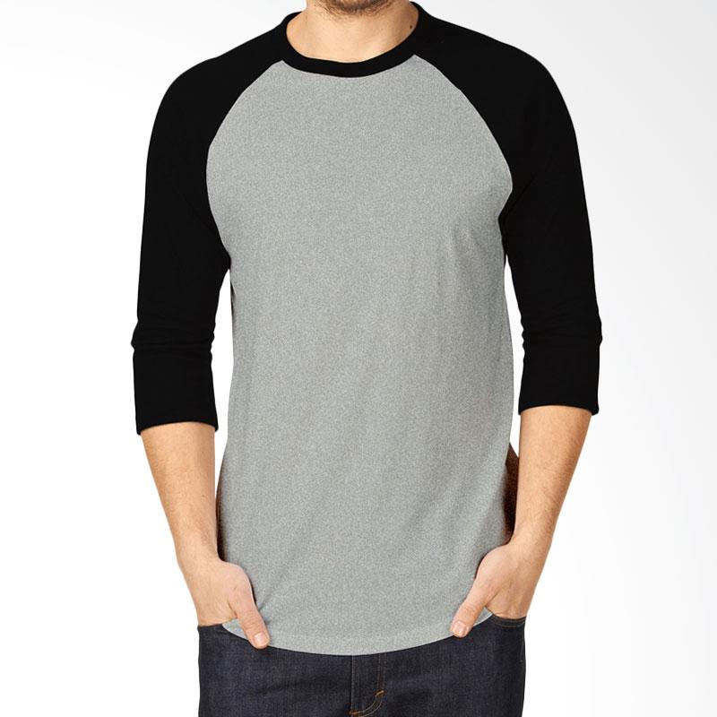 https://www.static-src.com/wcsstore/Indraprastha/images/catalog/full/kaosyes_kaosyes-kaos-polos-t-shirt-raglan-lengan-3-4-abu-hitam_full06.jpg