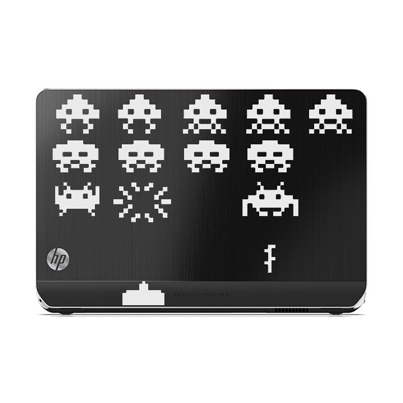 KATZE decal Space Invader Laptop White