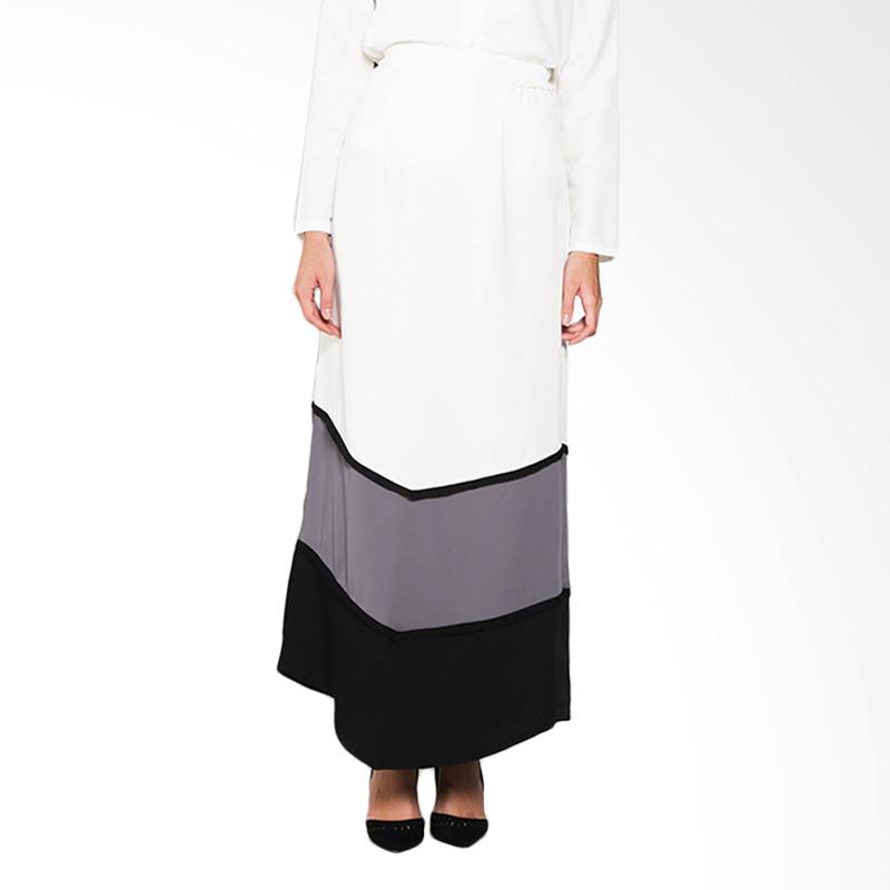 KIA by Zaskia Sungkar Aziza Skirt Bawahan Muslim - Broken White