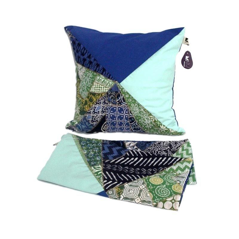 Kraviti Sarung Bantal Kursi Biru Toska Triangle Design