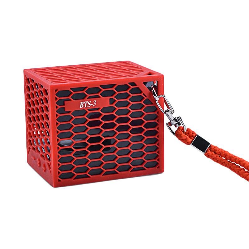 Kura BTS-3 Bluetooth Speaker - Red