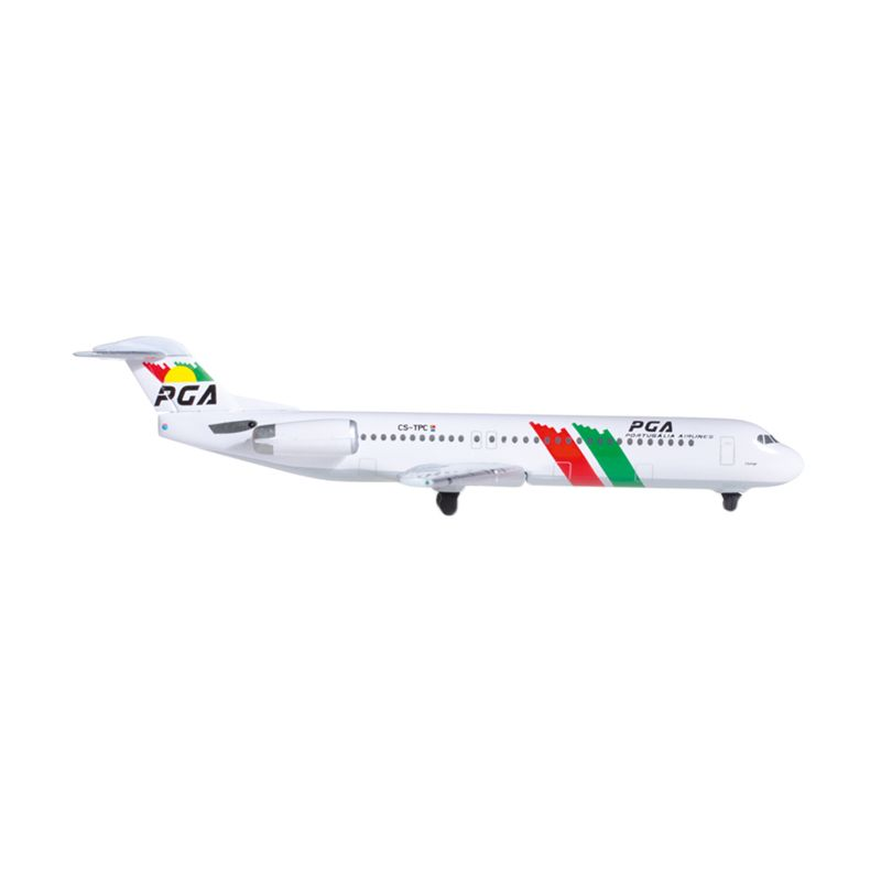 Herpa Pga - Portugalia Airlines Fokker 100 Diecast [1:500]