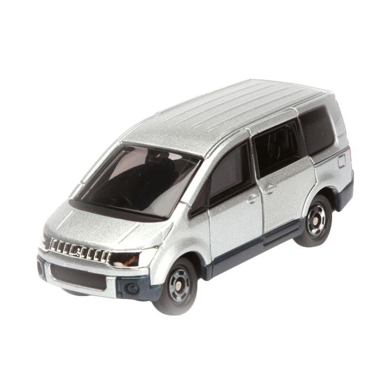 Tomica Mitsubishi Delica D:5 Silver Diecast