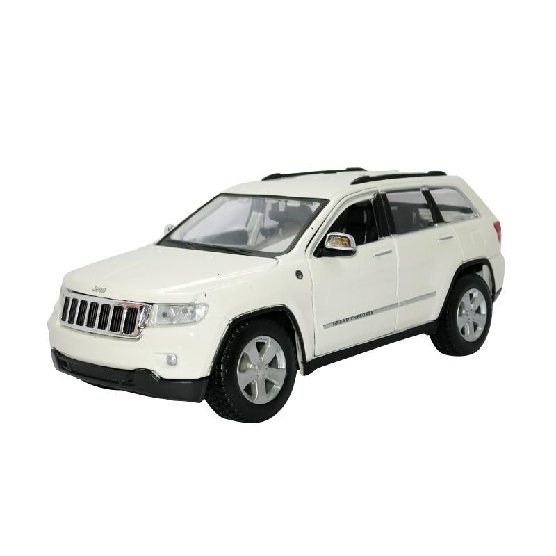 Maisto - 1:24 Jeep Grand Cherokee Laredo - White