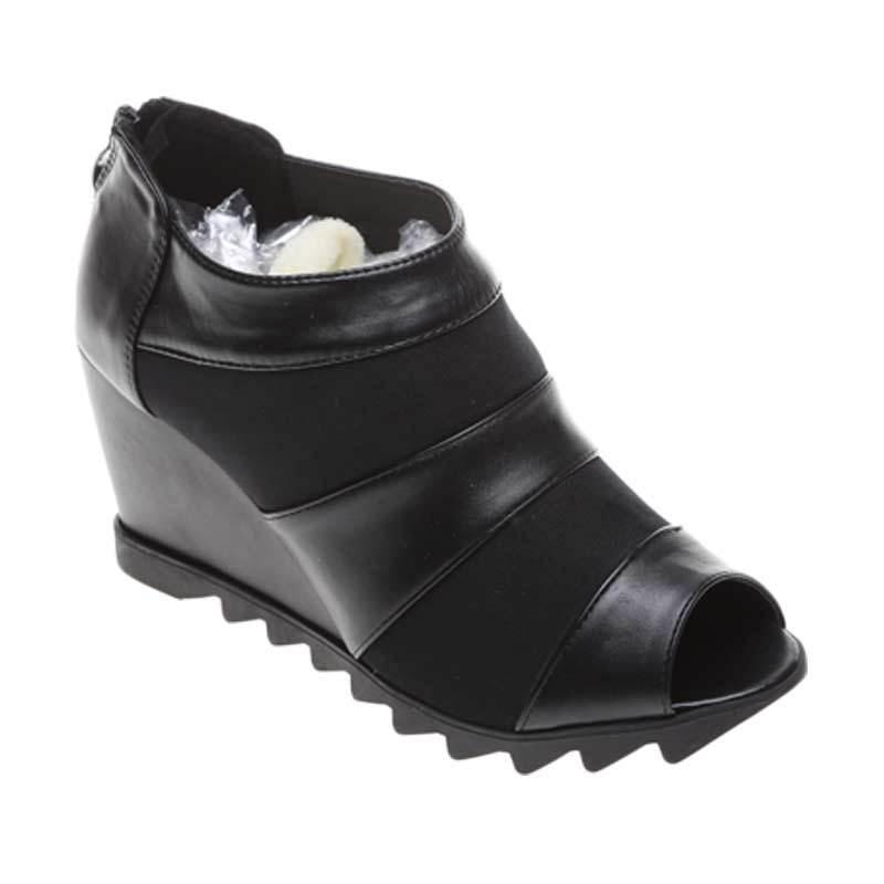Marc & Stuart F8-MSHK-SX-C4 Black Sepatu Wanita
