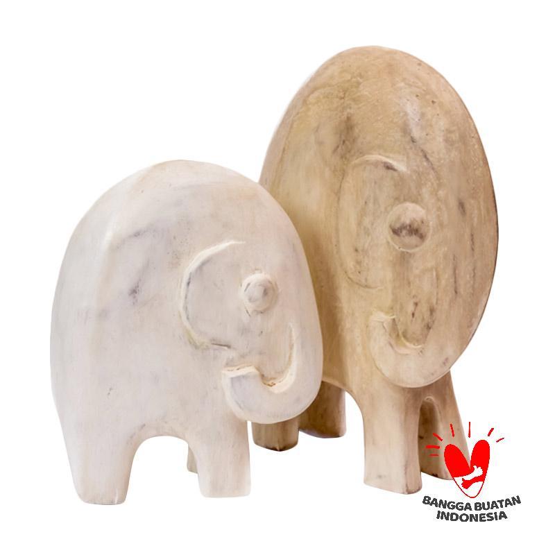 https://www.static-src.com/wcsstore/Indraprastha/images/catalog/full/mendekor_mendekor-tanakeke-kayu-patung-gajah-hiasan_full04.jpg