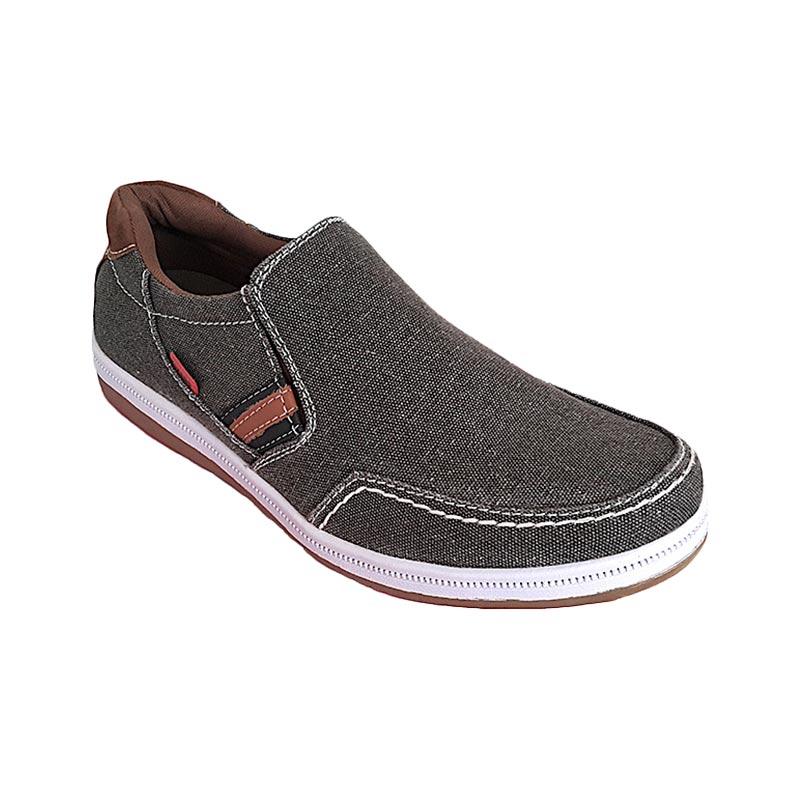 Mikado PE 02 Dark Brown Sepatu Pria