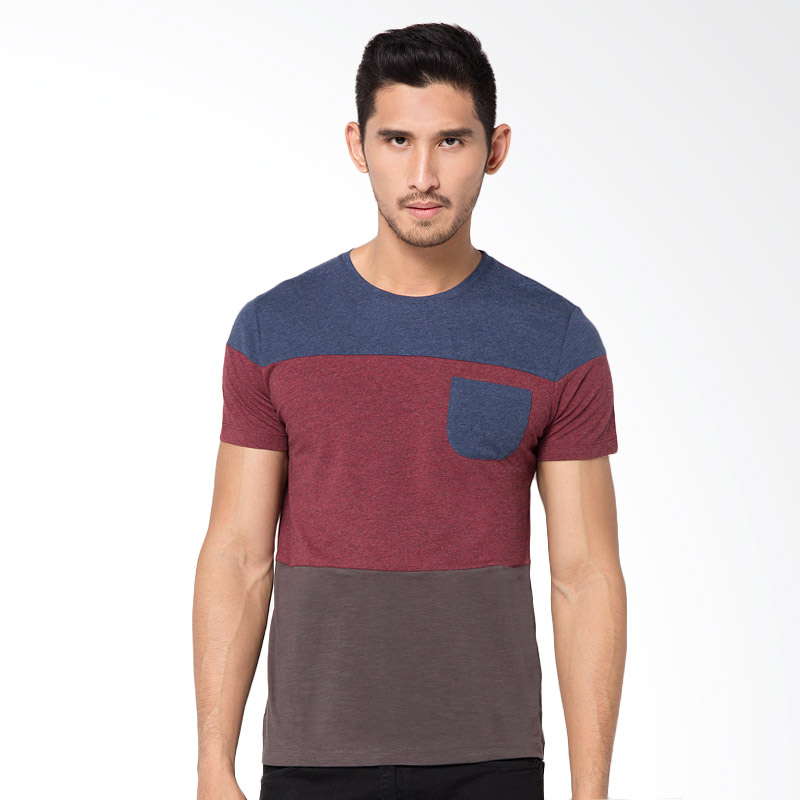 Minarno 3 Stripes Pocket Tee T-Shirt - Navy Extra diskon 7% setiap hari Extra diskon 5% setiap hari Citibank – lebih hemat 10%