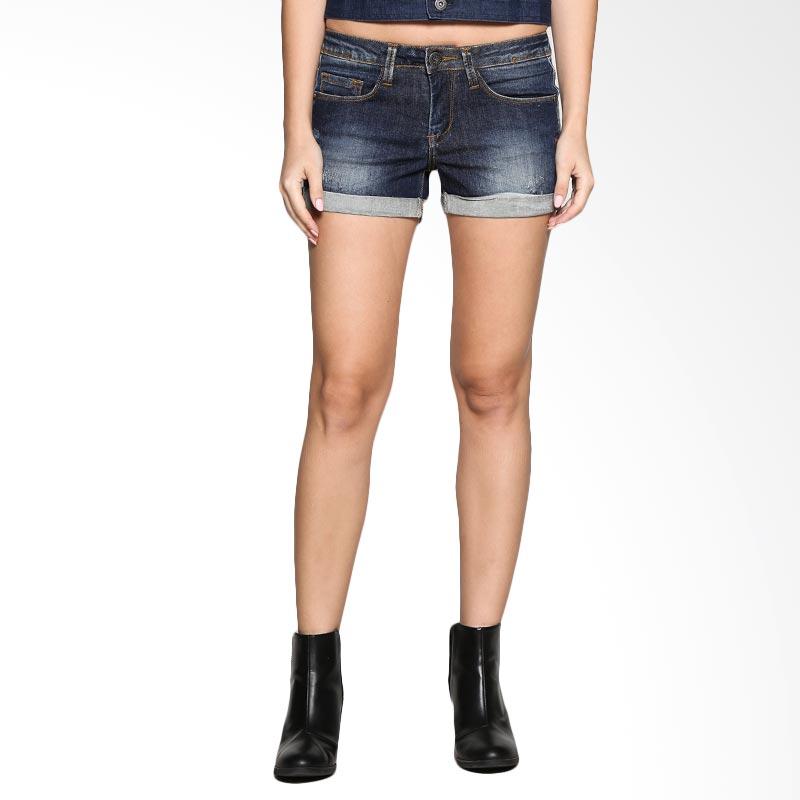 harga Miyoshi Jeans Hot Pants Roll Up DAMY011BL Celana Wanita - Dark Indigo Blibli.com