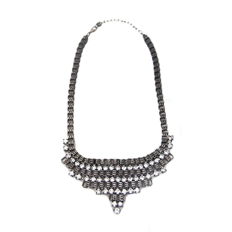 Mooi Accessories Triangle Chain Crystal White Black Kalung