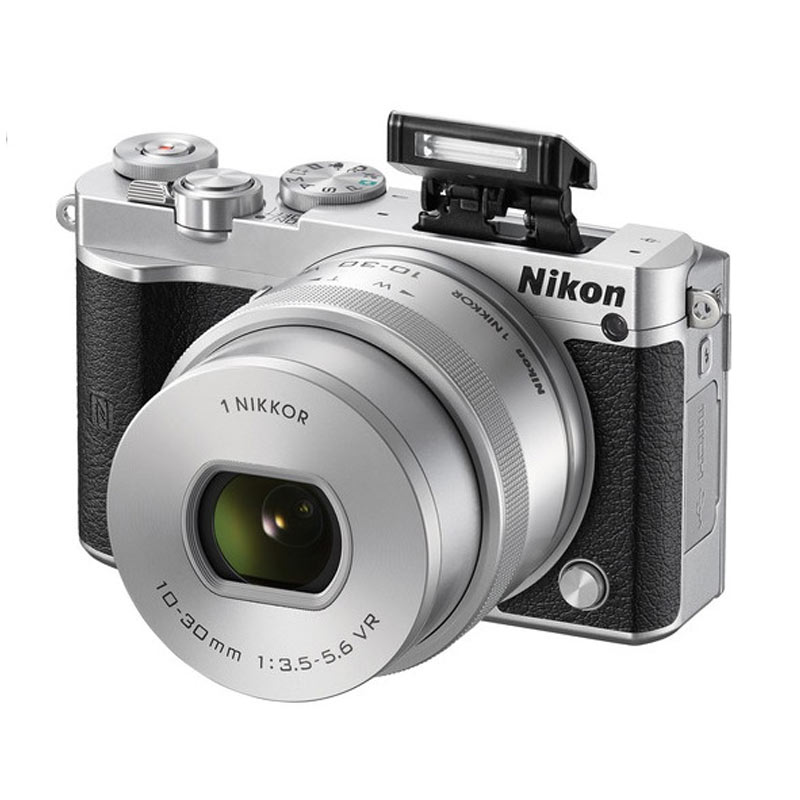 Nikon 1 J5 Kit 10-30mm Kamera Mirrorless - Silver [23 MP] + Bonus Tas , Sandisk Ultra MicroSDHC 16GB , LCD Screen Protector