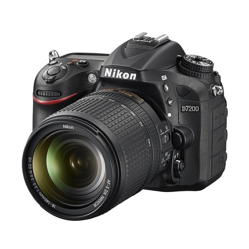 Nikon D 7200 Kit 18-140 VR Black