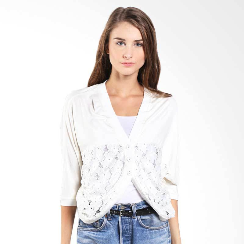 Novel Mice Knit Batwing Cardi White-6015691 06.15.00 Free Size
