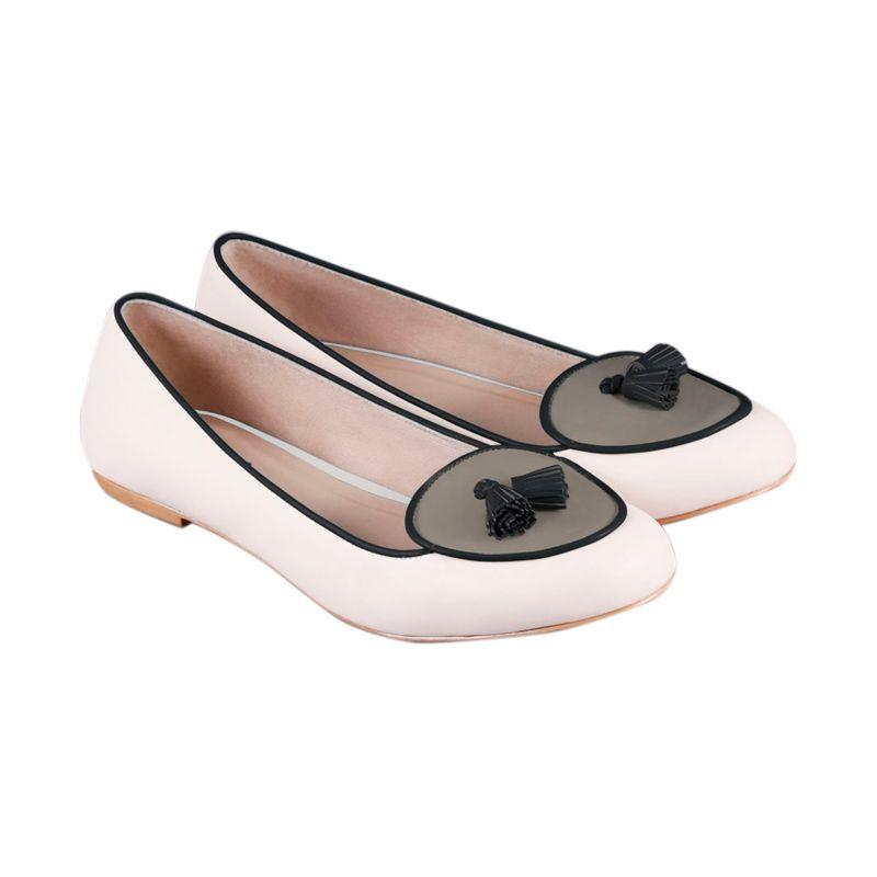 Odette Jean White Sepatu Flat