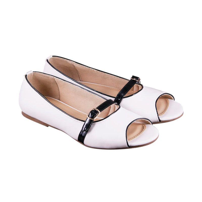 Odette Shoes Nancie White Flats Sepatu Wanita