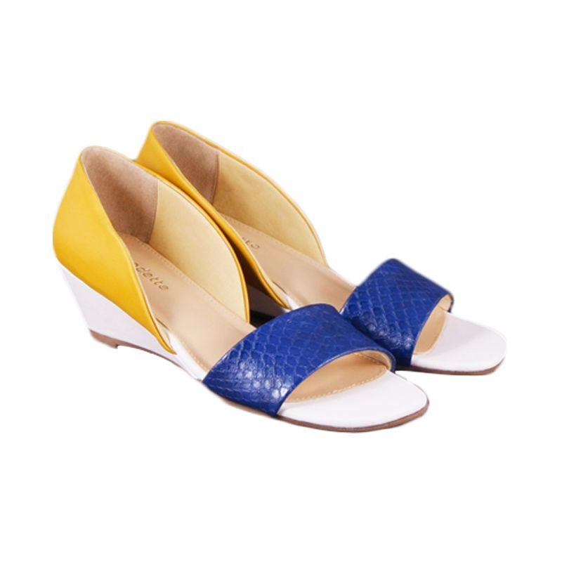 Odette Shoes Meryl White Sepatu Wanita